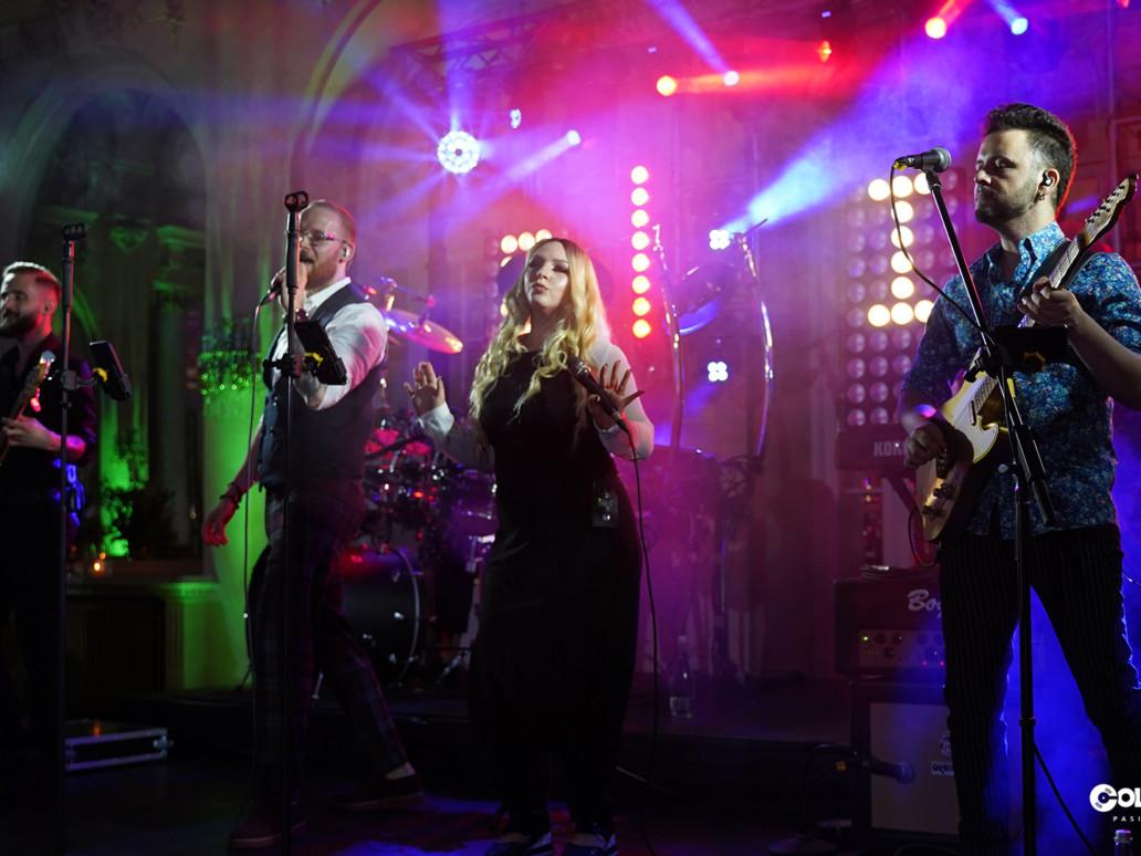Foto ColorsInStereo, Foto, Trupa Nunta ColorsInStereo ⭐Live Trupa muzica nunta sau Trupa nunta, Trupa Nunta ColorsInStereo ⭐Live Trupa muzica nunta sau Trupa nunta
